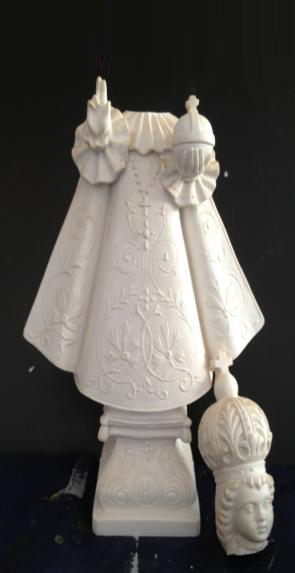 Antique-marble-statue-before