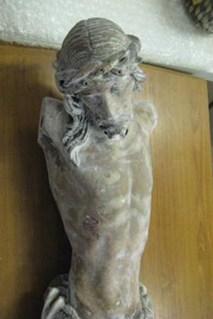 Crucifix-statue-before